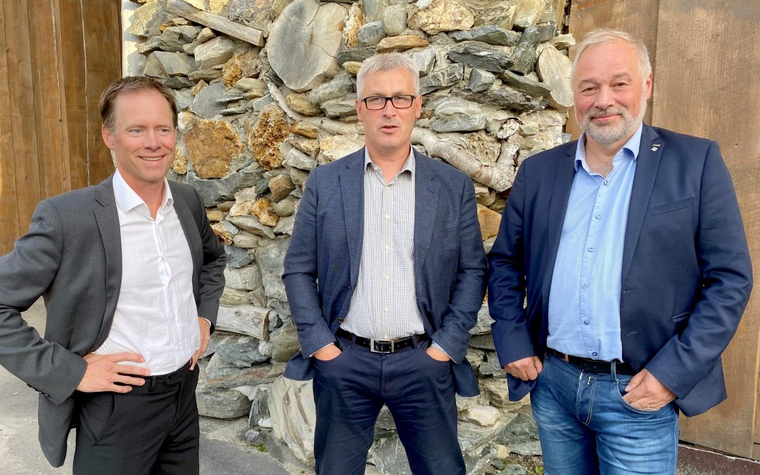 Mining Contract assigned to LNS